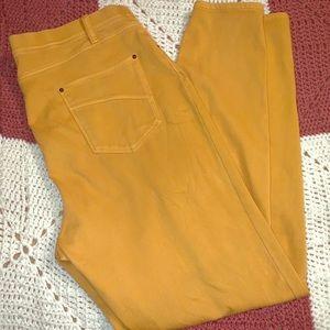 🐸2 for $10🐸 Time and Tru denim look leggings